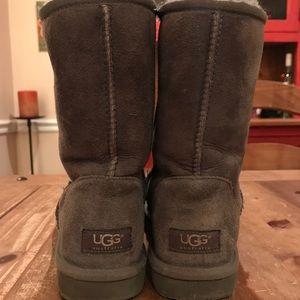 UGG Women's classic || Short Boot